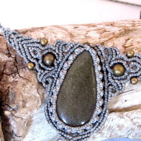 collar obsidiana dorada gris
